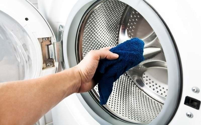 Sử dụng bột làm sạch máy giặt thế nào hiệu quả