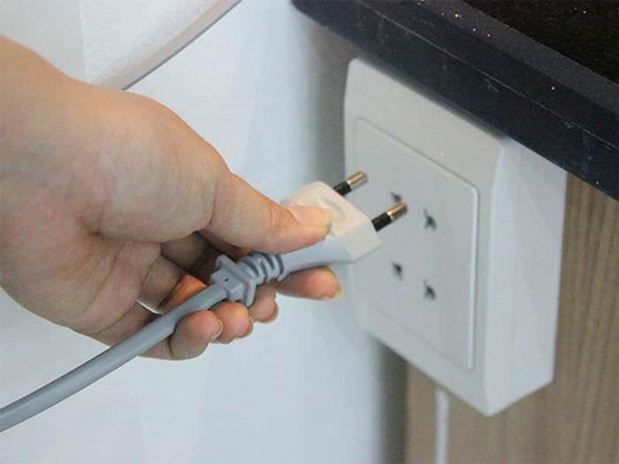 Cách lắp đặt nguồn điện cho máy giặt