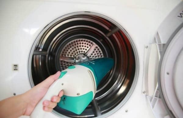 vệ sinh máy giặt cửa ngang electrolux như thế nào?