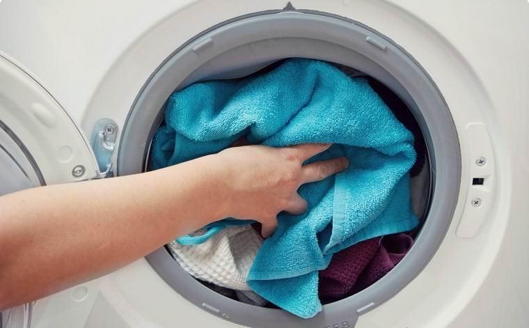 Máy giặt không vắt vì nhiều quần áo