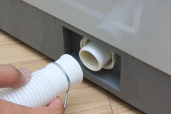 Máy giặt không vắt - Đường ống nước tắt nghẽn