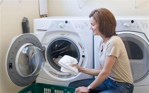 Thời gian nên vệ sinh máy giặt