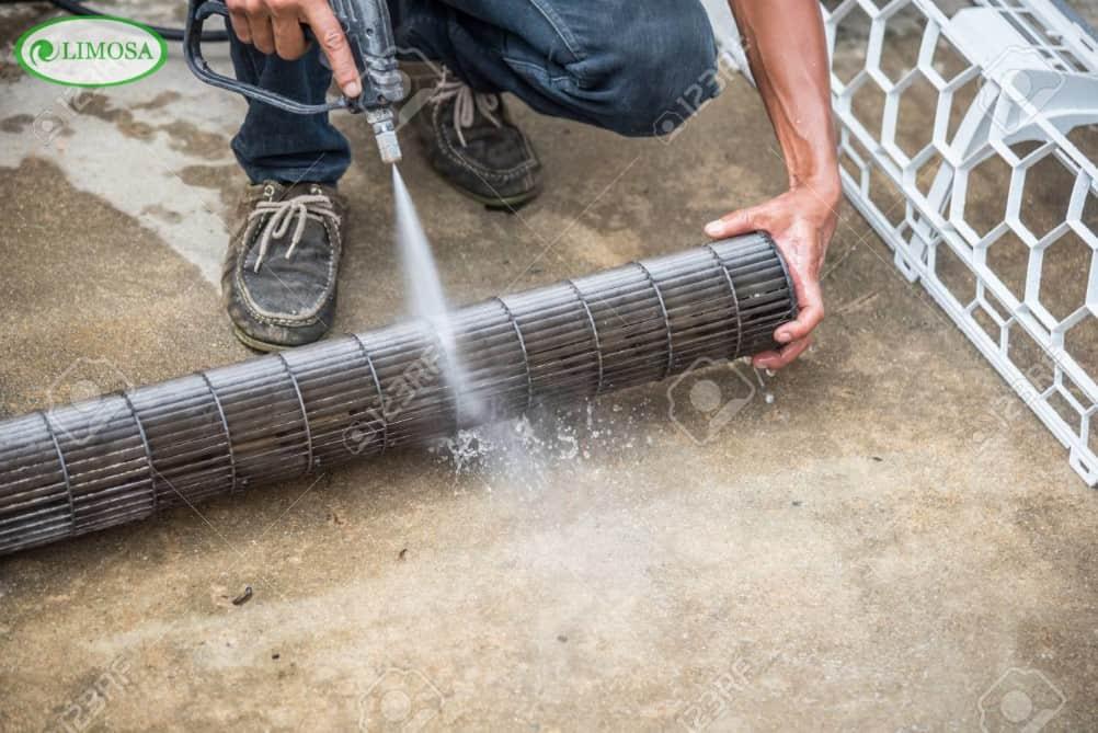 Dịch vụ vệ sinh điều hòa quận 11 Limosa làm việc nhanh chóng