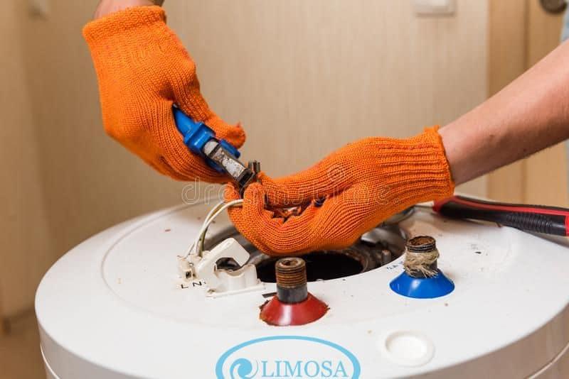 Lỗi bình nóng lạnh kêu to được Limosa khắc phục nhanh chóng
