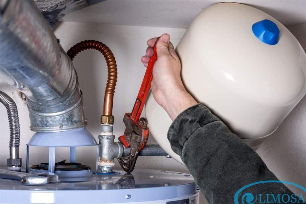 Các lỗi thường gặp của máy nước nóng datkeys