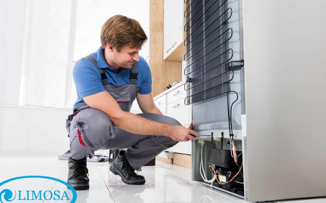 Khâu chuẩn bị cho vệ sinh tủ lạnh là rất quan trọng