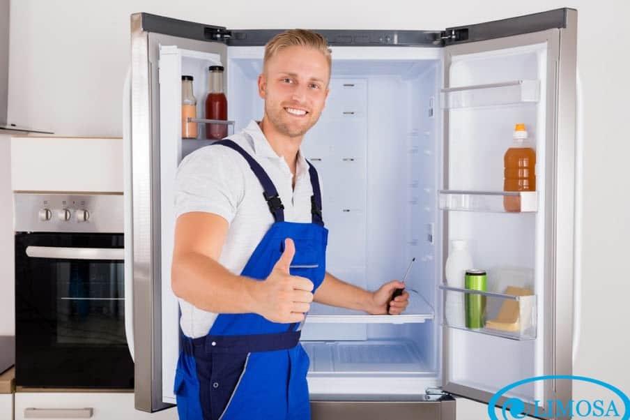 Dịch vụ vệ sinh tủ lạnh quận Tân Phú tại Limosa luôn khiến khách hàng hài lòng