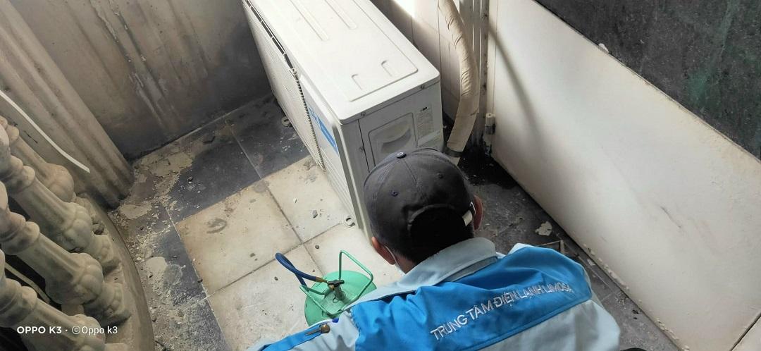 Bơm ga máy lạnh công nghiệp