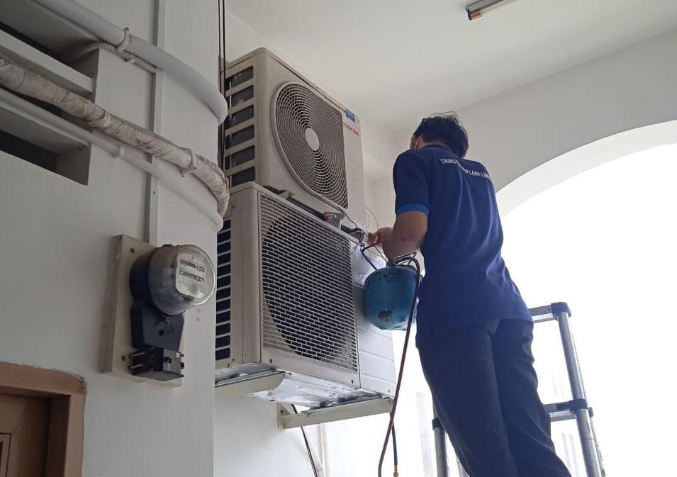 Bơm ga máy lạnh quận Tân Phú