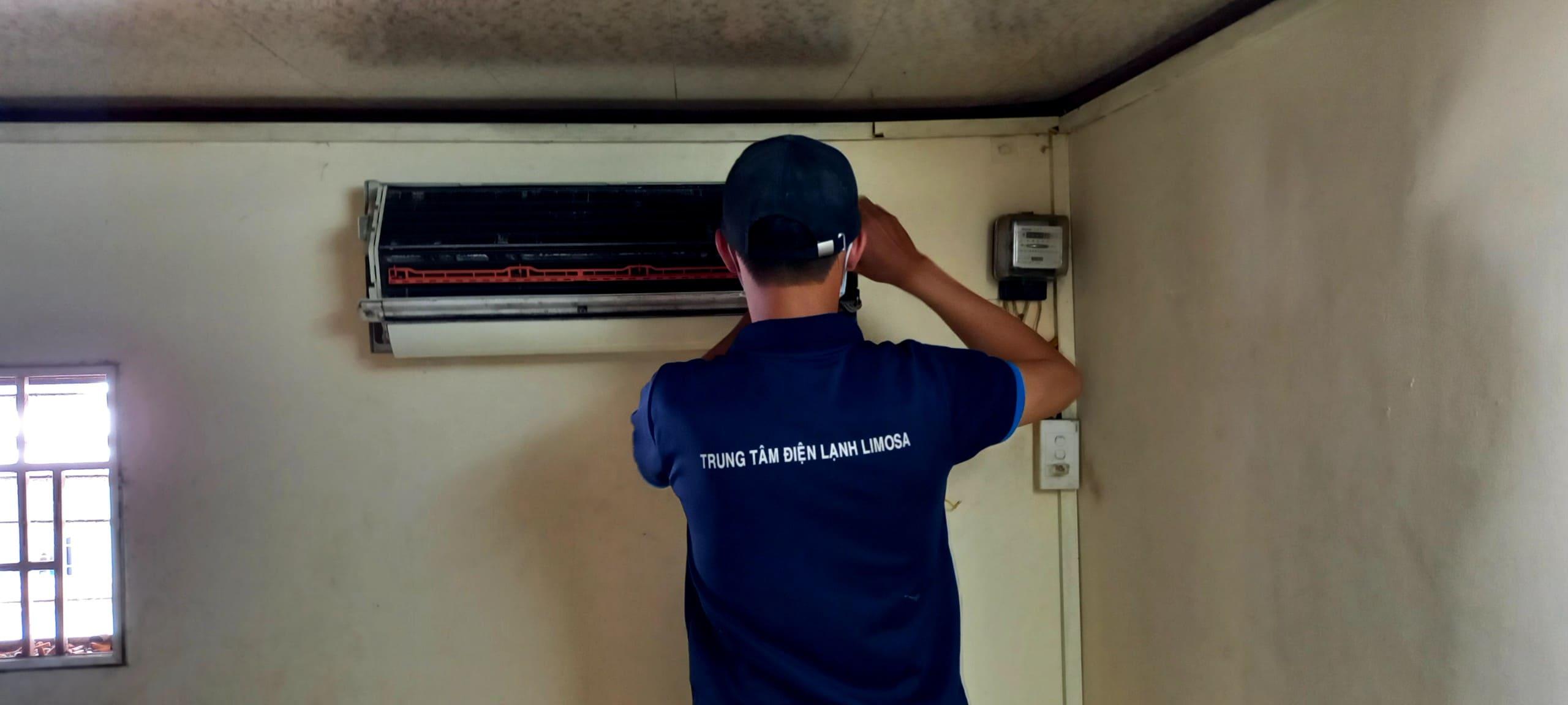 sửa máy lạnh tại nhà hàng
