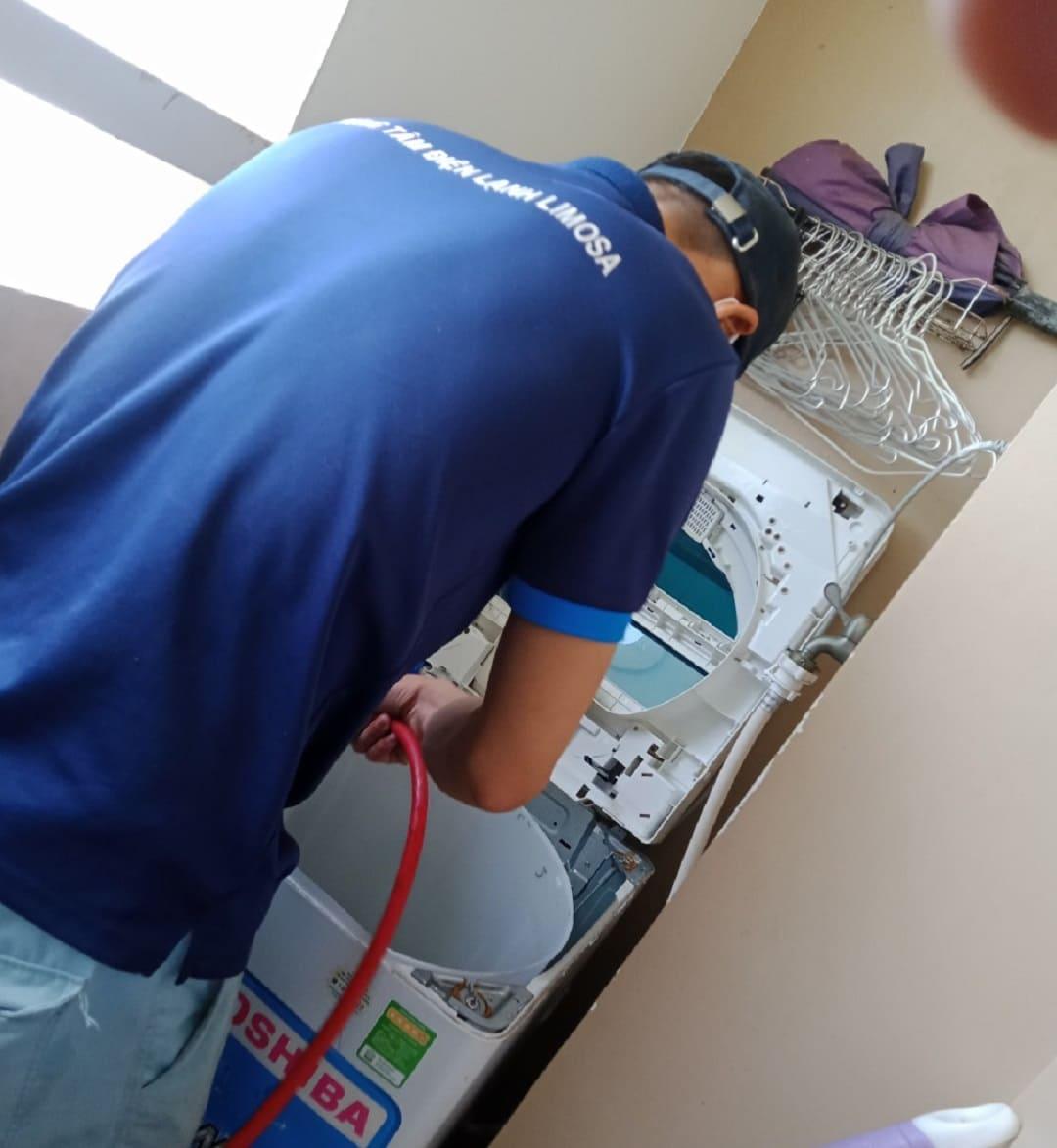 vệ sinh máy giặt giá rẻ
