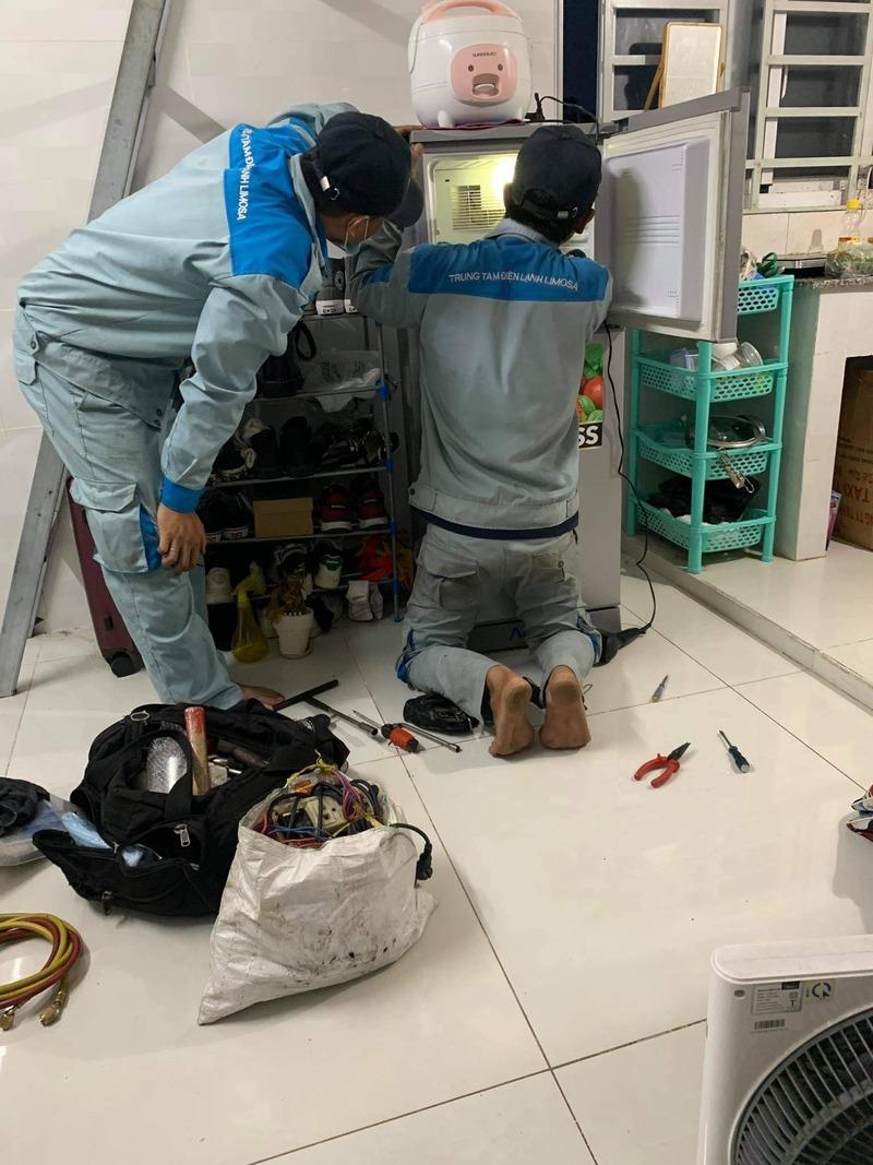 sửa bo mạch tủ lạnh mitsubishi inverter
