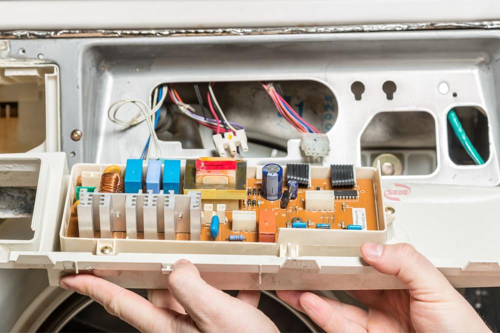 board máy lạnh là gì
