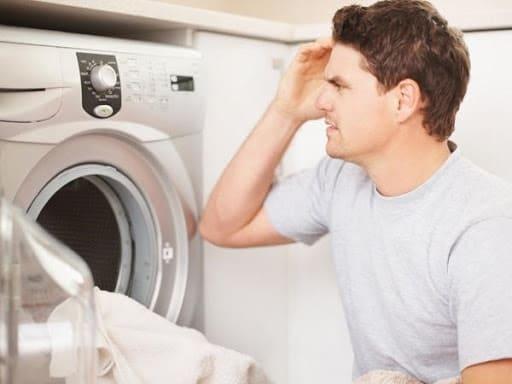máy giặt toshiba báo lỗi e1