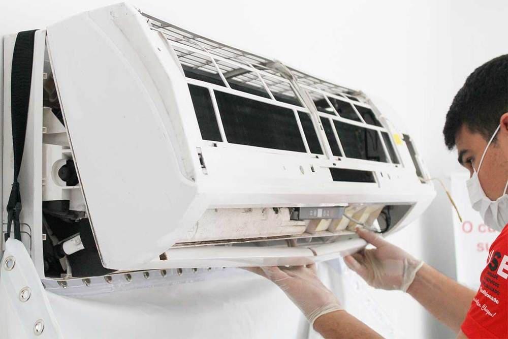 Máy lạnh bị rò điện