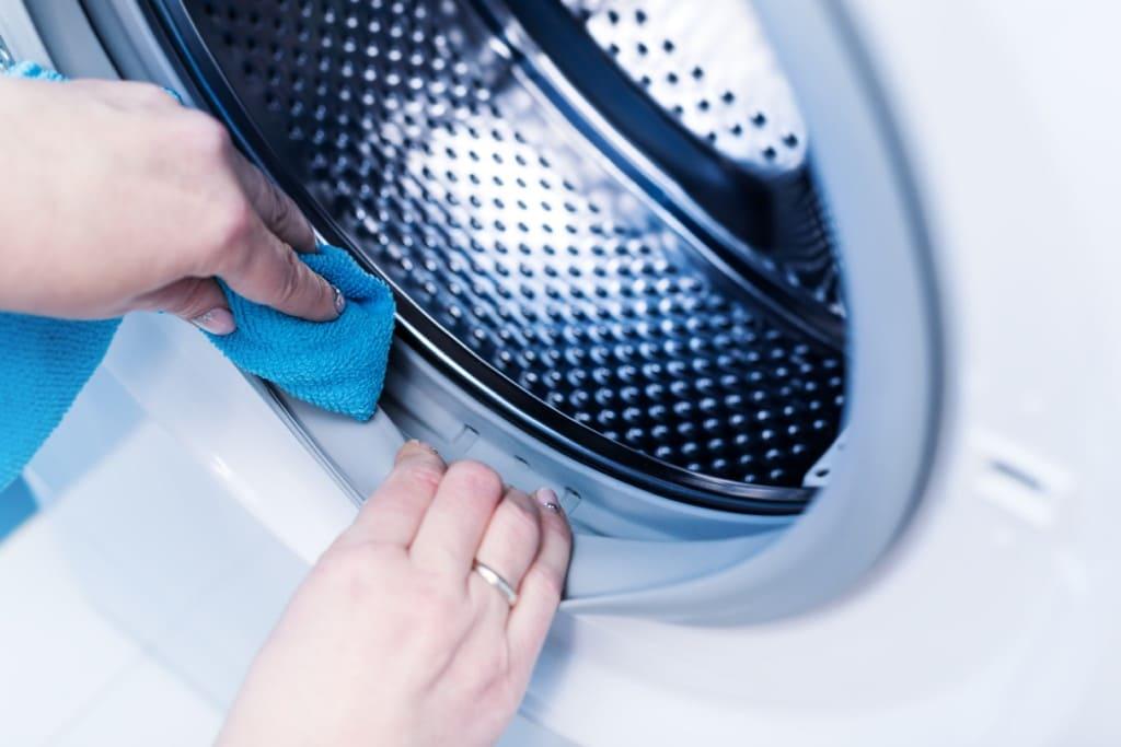 rửa máy giặt bosch