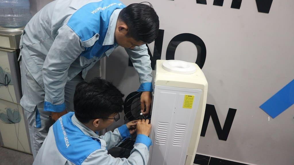 sửa cây nước nóng lạnh 3 vòi giá rẻ