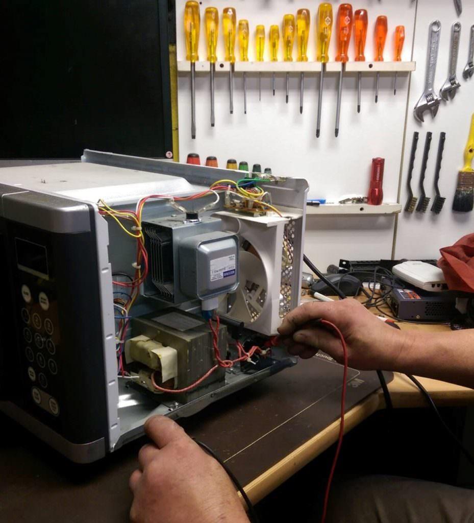 thợ sửa lò vi sóng inverter