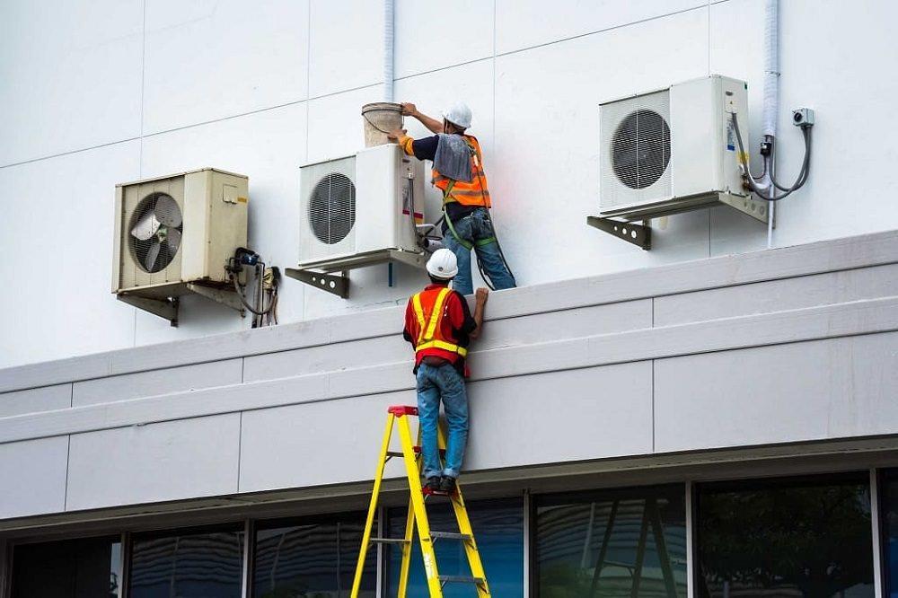sửa máy lạnh cho tòa nhà hành chính
