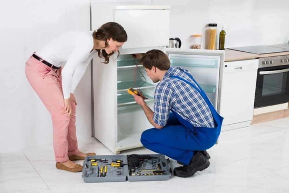 sửa tủ lạnh sanyo bị đóng tuyết