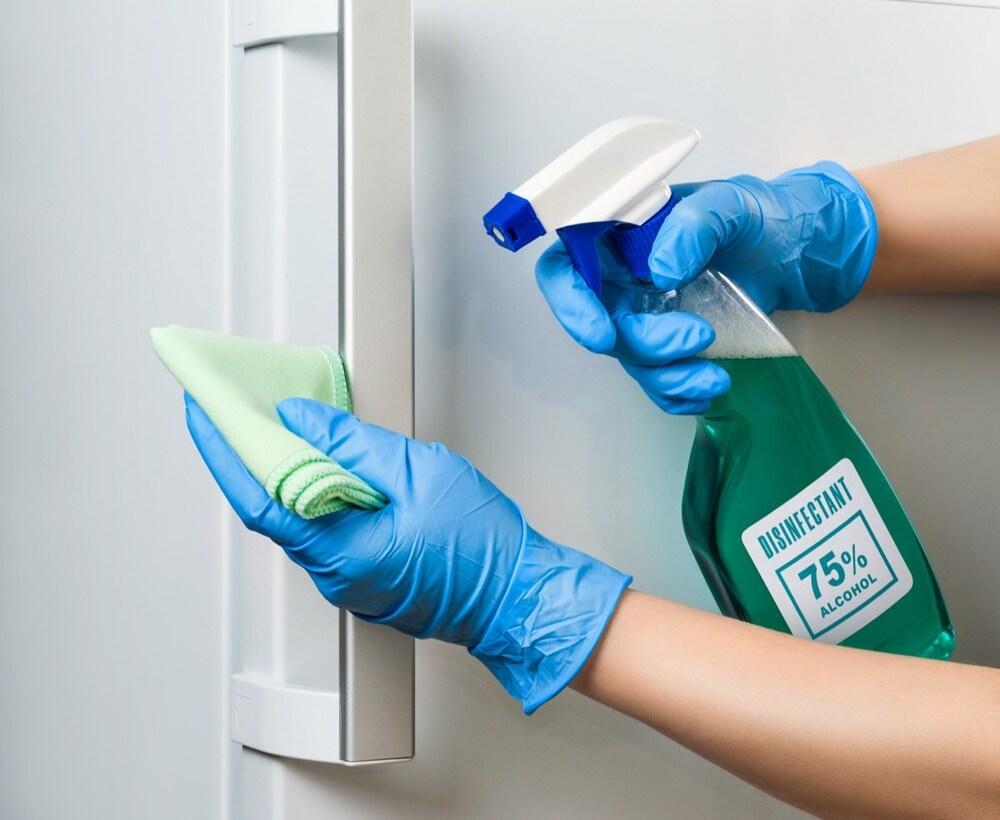 vệ sinh tủ lạnh Bosch